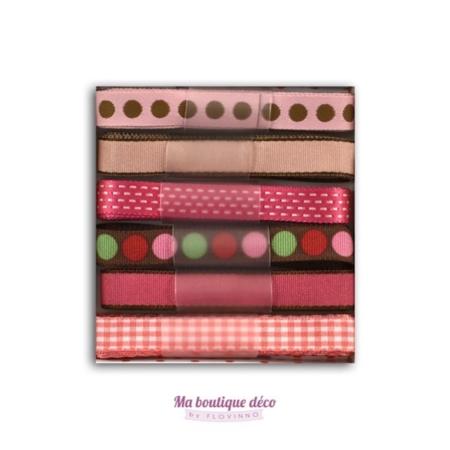 rubans à motifs rose et chocolat