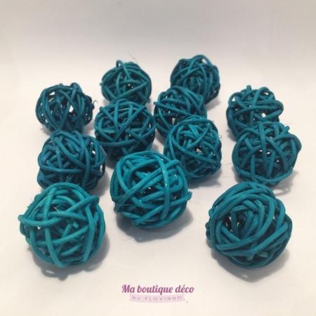mini boules en rotin turquoise