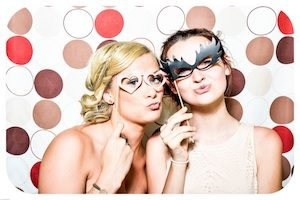 bachelorette-party-photo-booth